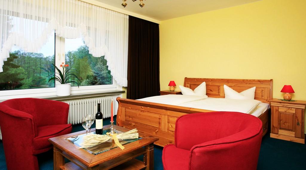 Sie benötigen etwas mehr Platz? Dann ist die Ferienwohnung von Heil's Hotel genau das Richtige für Sie.